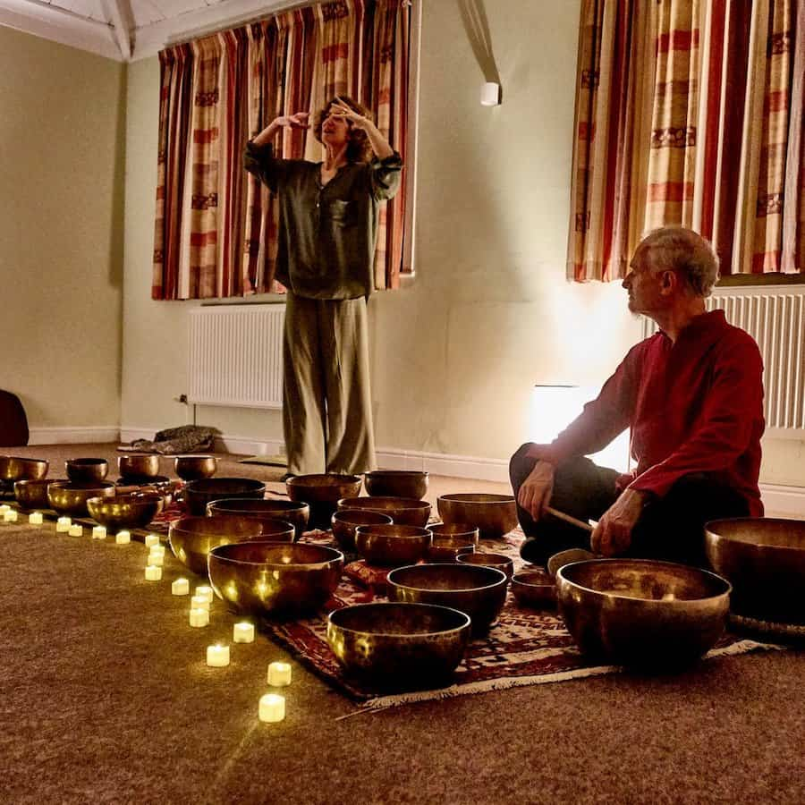 Qigong and Tibetan Bowls